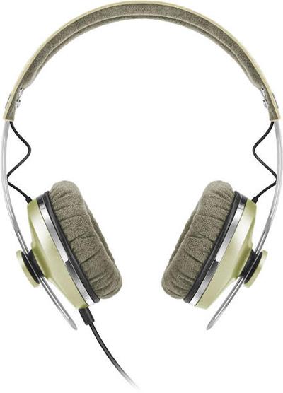 Sennheiser-Momentum-On-Ear1-gold