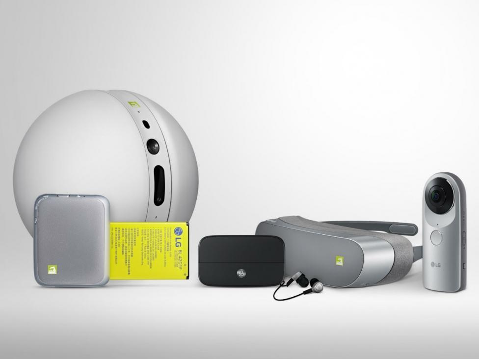 Från vänster: Rolling Bot, Cam Plus, Hifi Plus, 360 VR och 360 Cam.